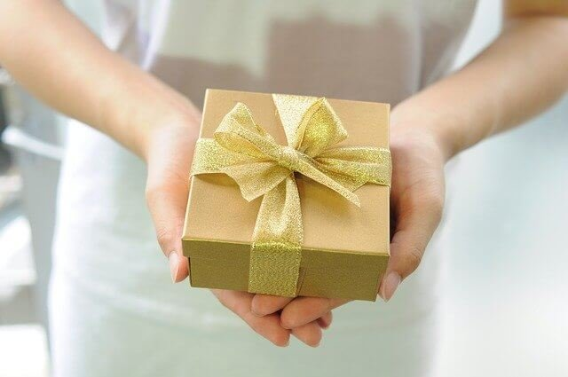 Jaký dárek pro bohatého muže