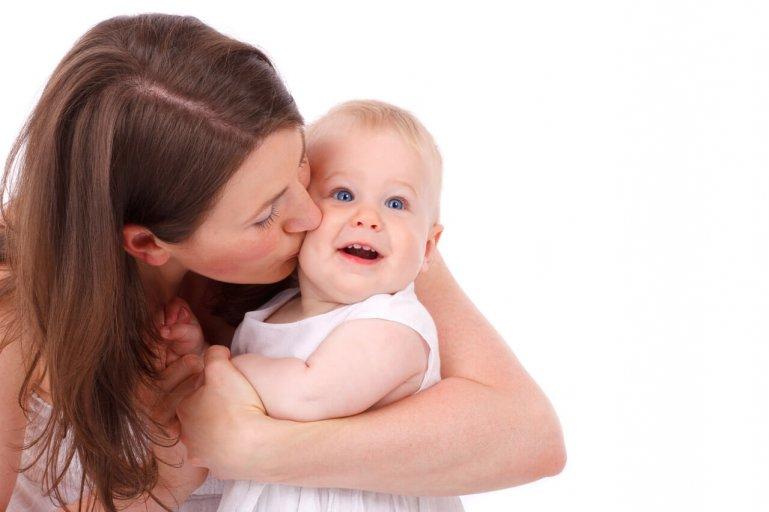 Jaký dárek mamince za porod? (Wikipedia Commons)